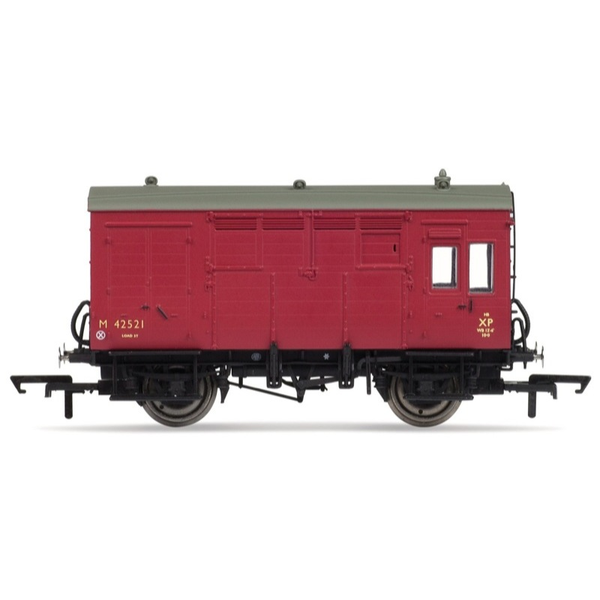 Hornby OO BR ex-LMS Horse Box