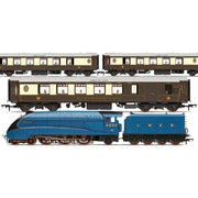 Hornby R3402 OO LNER Queen of Scots Train Pack - Limited Edition