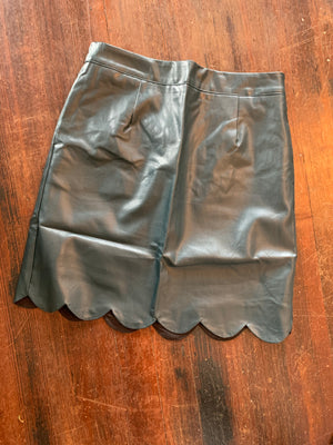 Hunter Green Scallop Hem Skirt
