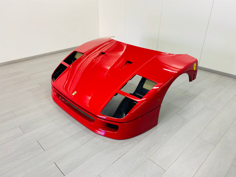 F40 Front