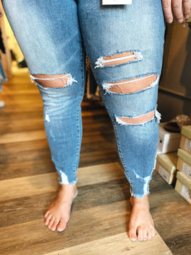 Curvy Distressed Ankle Skinny Jeans