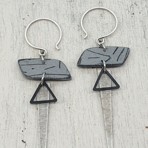 Rhomba Isle Strikes Earrings - Grey, Silver and Black