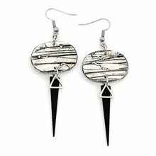Load image into Gallery viewer, Odalys Isle Strikes Earrings - White, Grey and Black