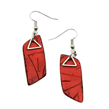 Load image into Gallery viewer, Rhomba Handmade Earrings - Red