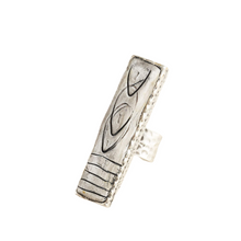 Load image into Gallery viewer, Black and White Hand Carved and Sculptured Adjustable Statement Ring Antique Silver