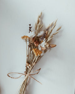 Small dried flower bouquets