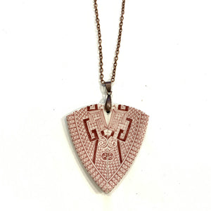 VINTAGE OLD WILLOW ARROWHEAD PENDANT