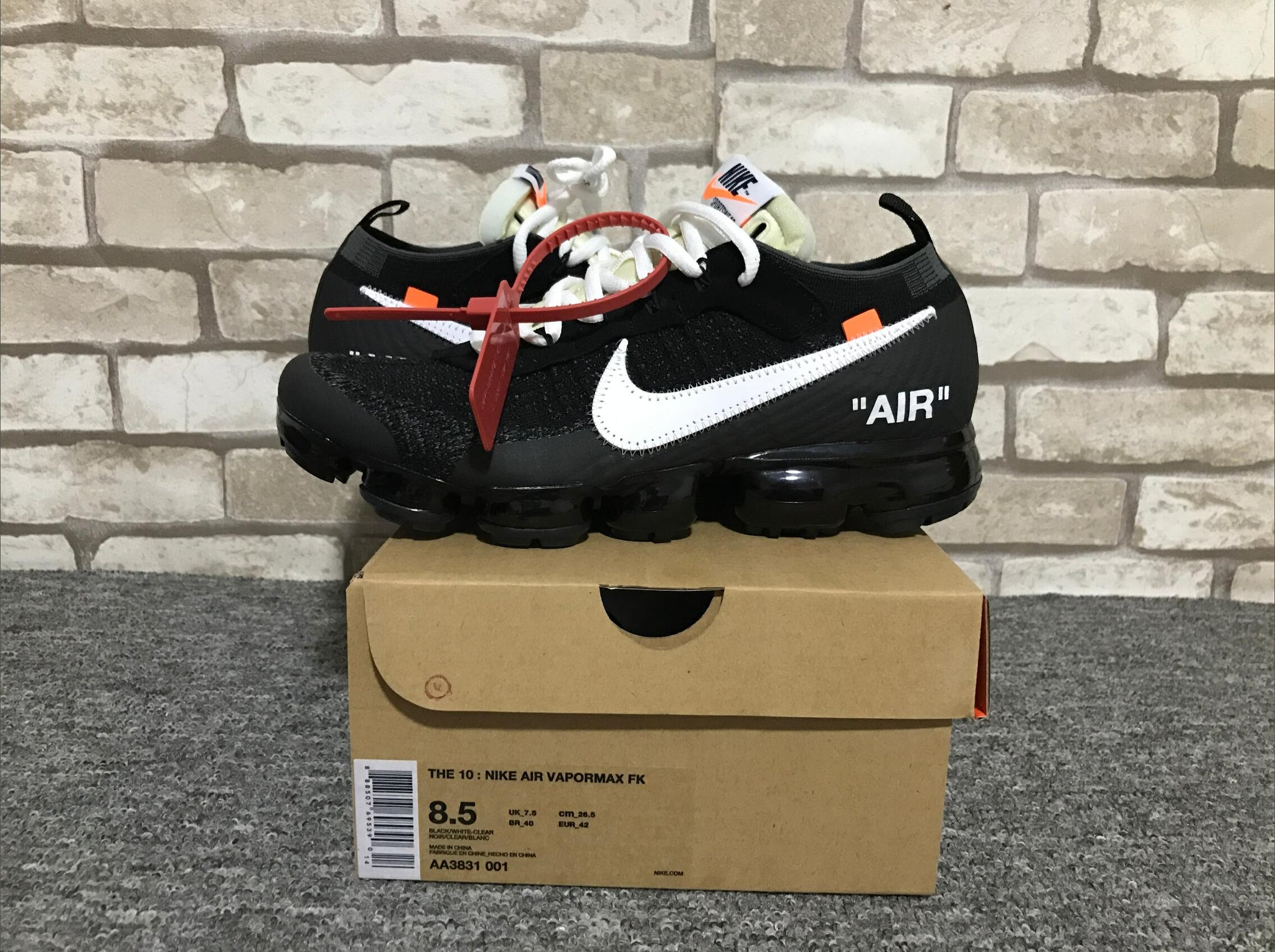 official photos a9afd 407b0 Off White x Nike Air Vapormax