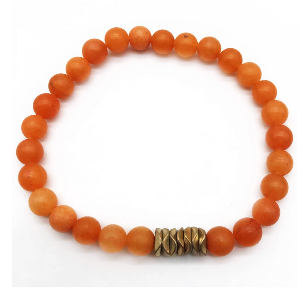 Elastic Bracelet - orange beads with a gold charm