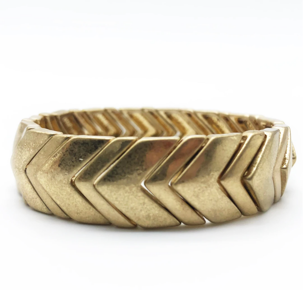 Elastic bracelet - gold chevron beads