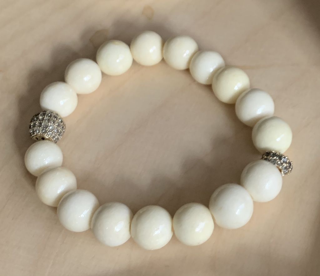 Bracelet - Ivory Beads with Crystal