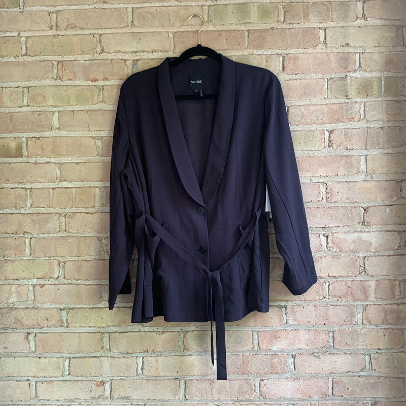 Sheer navy plus size blazer