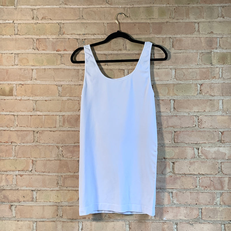 Plus size tank tops White
