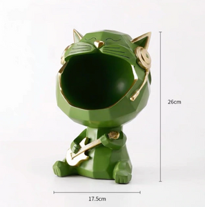 bottle cap holder with cat format 13
