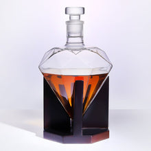 Load image into Gallery viewer, Diamante - Whisky Decanter (1 Set)