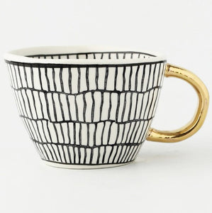 picture of a handmade mug 10