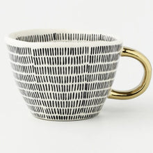 Load image into Gallery viewer, picture of a handmade mug 4
