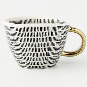 picture of a handmade mug 4