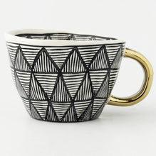 Load image into Gallery viewer, picture of a handmade mug 5