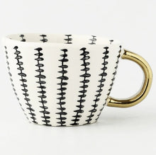 Load image into Gallery viewer, picture of a handmade mug 7