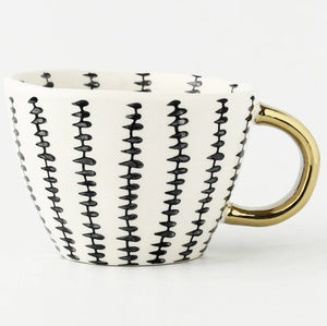picture of a handmade mug 7