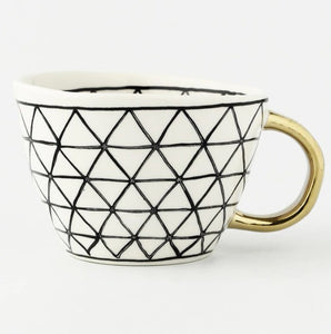 picture of a handmade mug 9