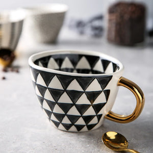 picture of a handmade mug 17