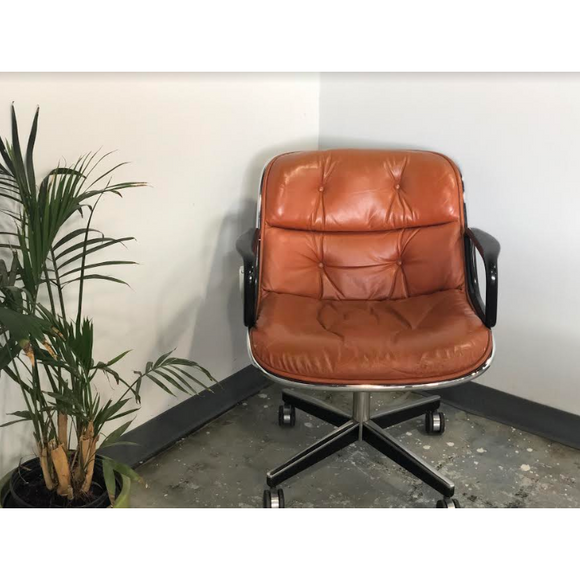 Pre-Owned Knoll Charles Pollock Executive Chair, Amber