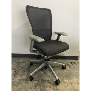 Haworth Zody Pre-Owned Chair Mesh Back In Gray Fully Adjustable Model, Executive Office Chair