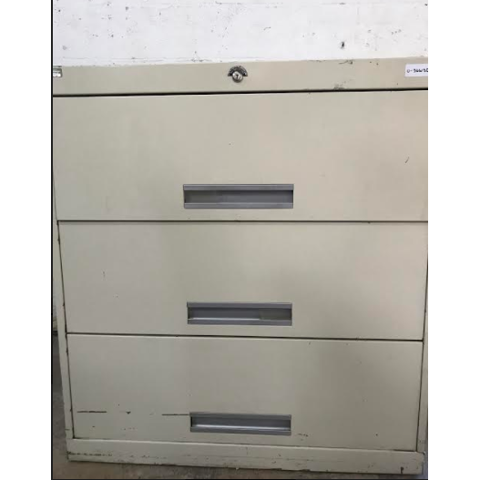Pre-Owned 3 Drawer 36
