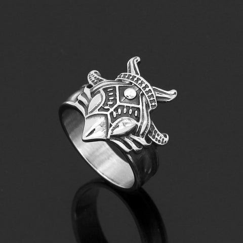 Image of raven amulet ring