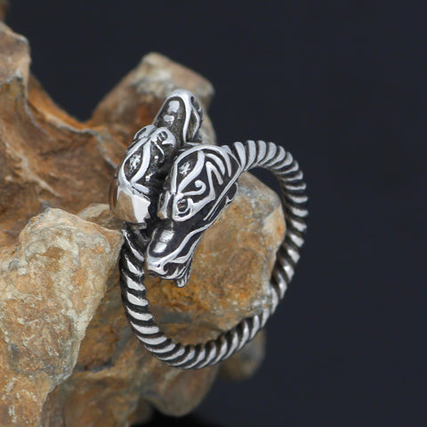 Image of Scandinavian knot Amulet Ring