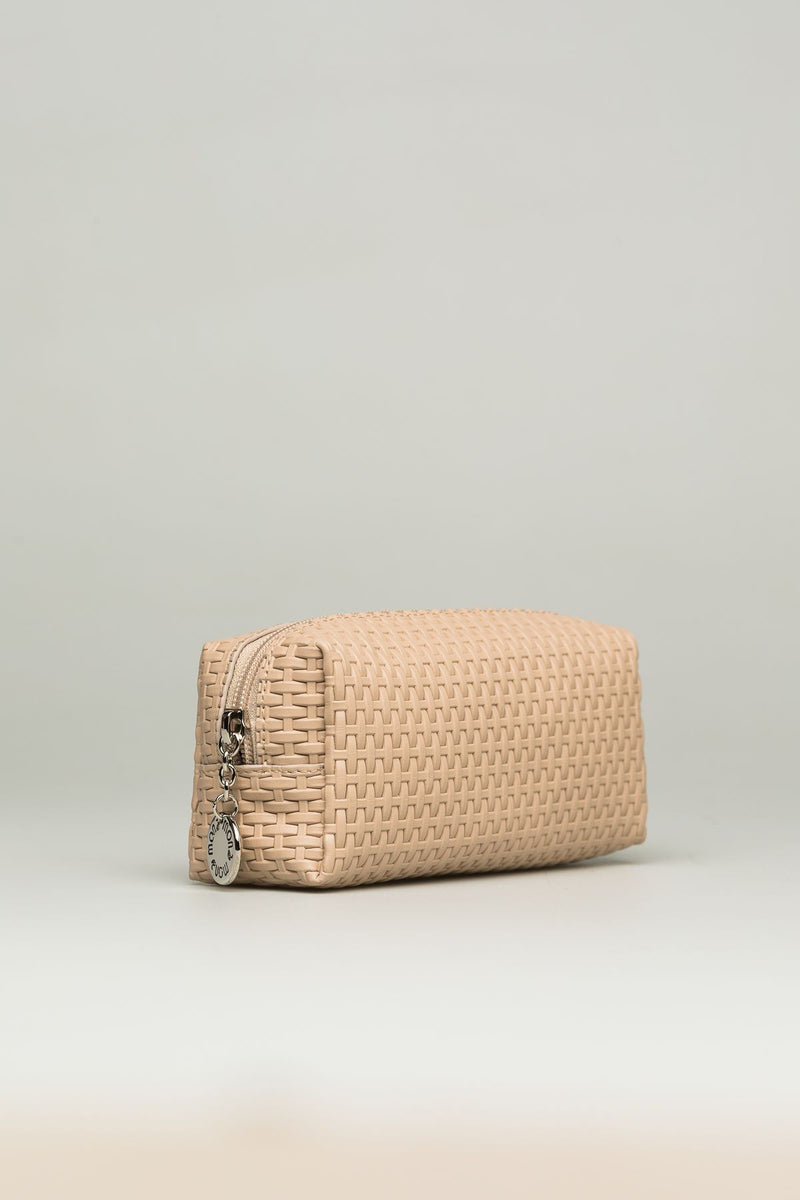 Knitted Leather Cosmetic Case/saffiano beige