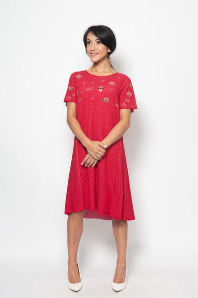 Dress with embroidery, Structure pattern