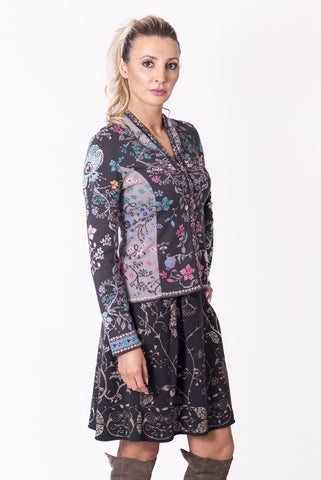 Jacquard Jacket with Small Pleats