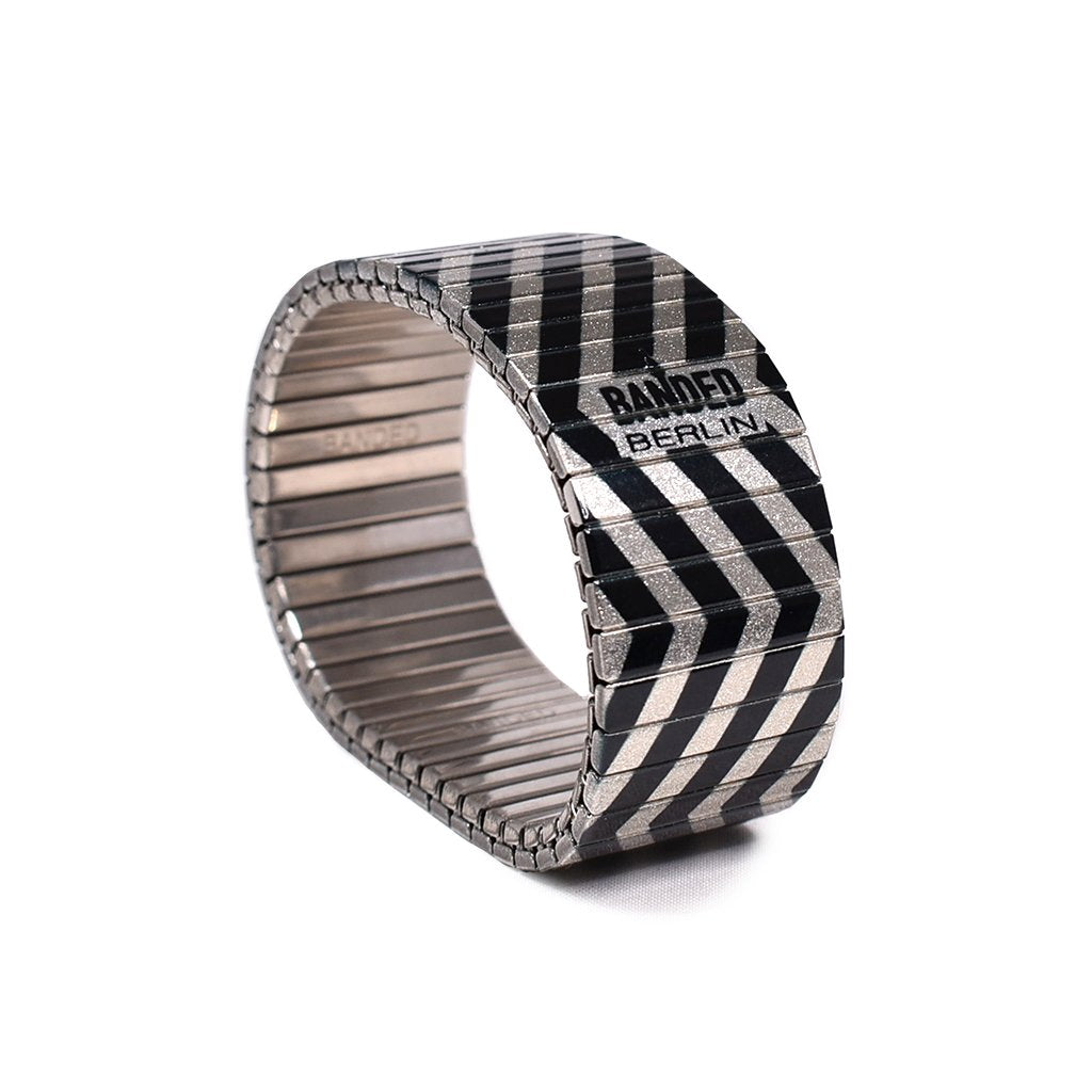ZIG ZAGERATE Metallic 23mm by Banded Berlin Bracelets made in Germany