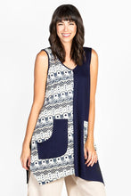 Load image into Gallery viewer, Floral Print Tunic - Navy