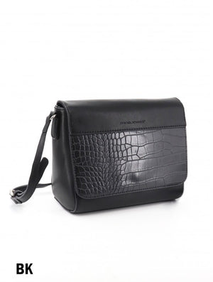 Black David Jones messenger