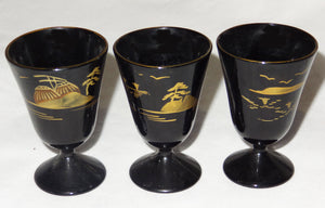Vintage Japanese Black Lacquer HAND PAINTED SAKI SET  IN CASE, Imaoka Trading Co, AIZU - Junkdrawercoolfinds.com