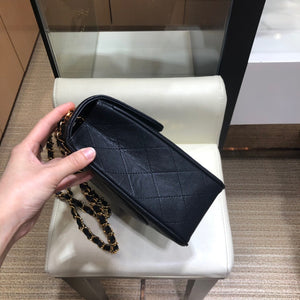 CHANEL VINTAGE FLAP BAG CAVIAR