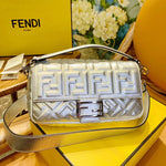 FENDI REGULAR BAGUETTE BAG SILVER
