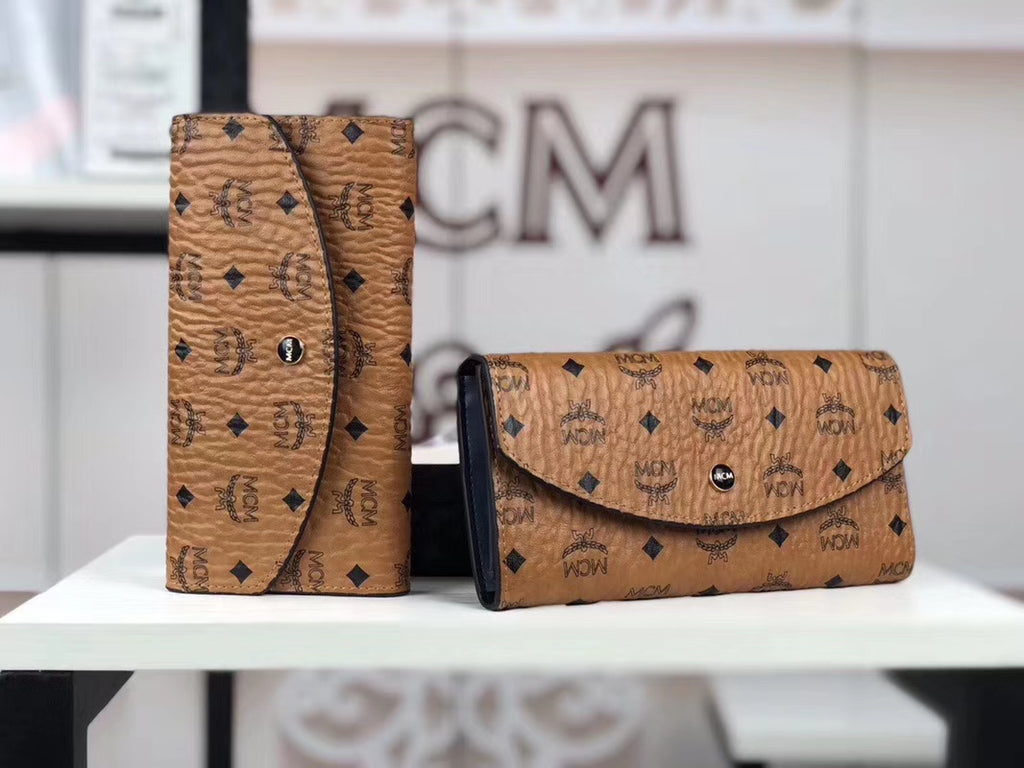 MCM EVELOPE THREE FOLD WALLET