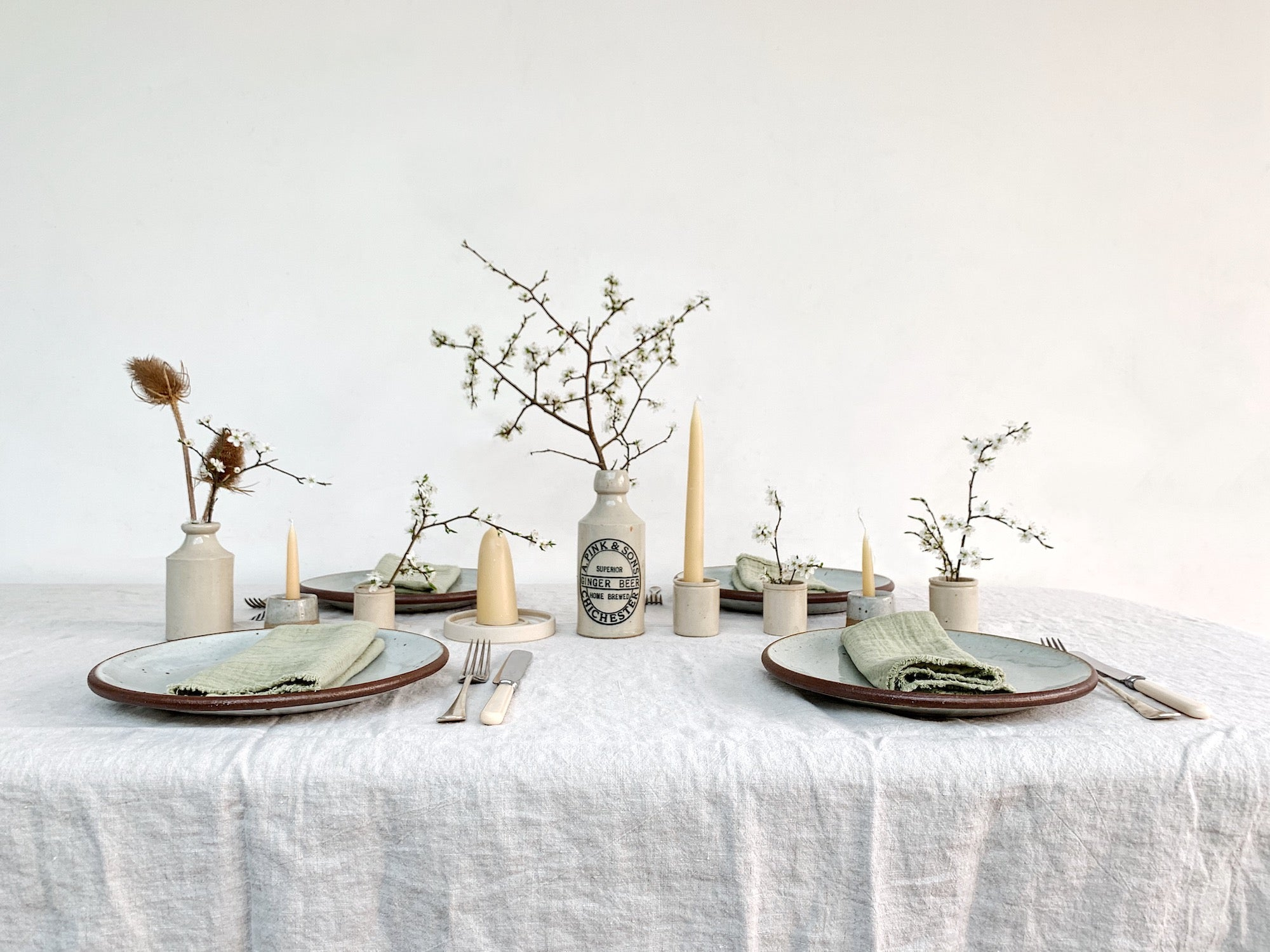 five ways to lay a simple easter tablescape