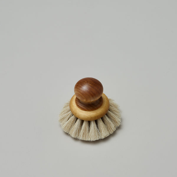 Product image of Round dish brush