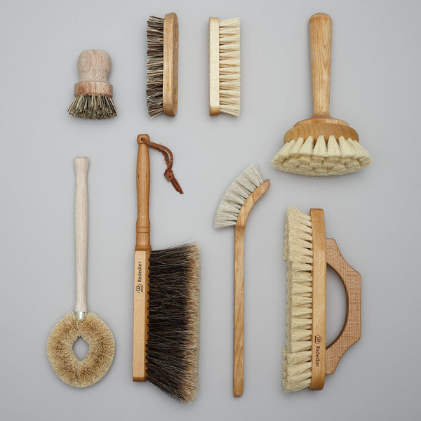 Product image of GIVE ~ a bundle of brushes