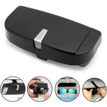 Load image into Gallery viewer, Universal Car Visor Sunglasses Case