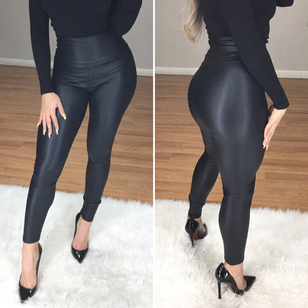 Exposed Faux Leather High Waist Leggings (Black)