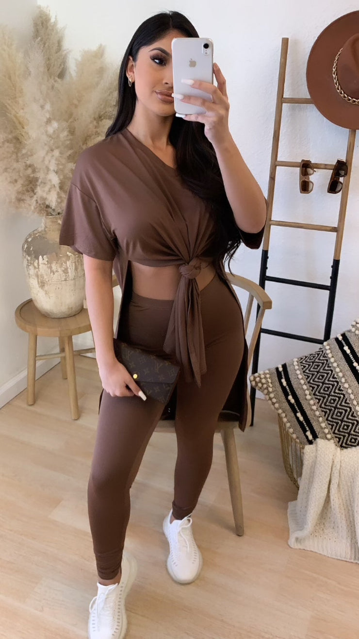 Right On Time 2PC Set (Brown)