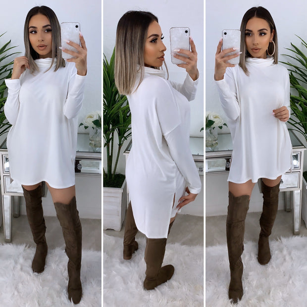 Tara Turtleneck Top (Ivory)
