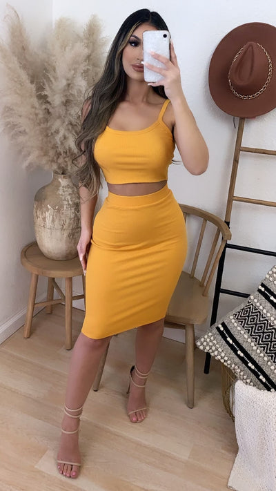 Brunch Run 2PC Set (Mustard)